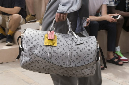 Vuitton m clp RS18 1582