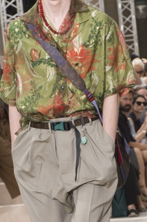Vuitton m clp RS18 2012
