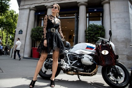 Paris str HC RF18 8453