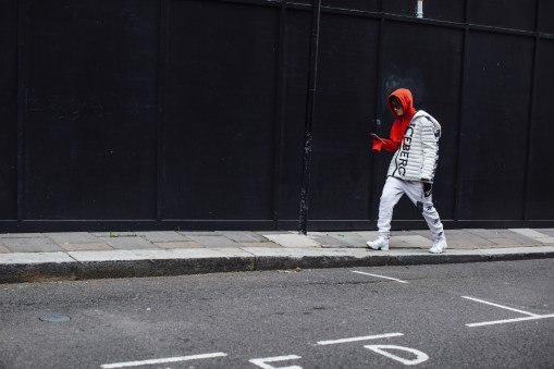 London str RS18 3400