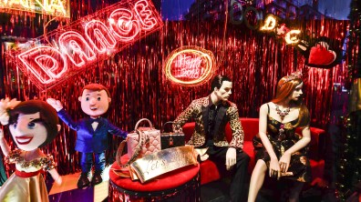 Harrods-dolce-gabbana-holiday-2017-takeover-the-impression-03