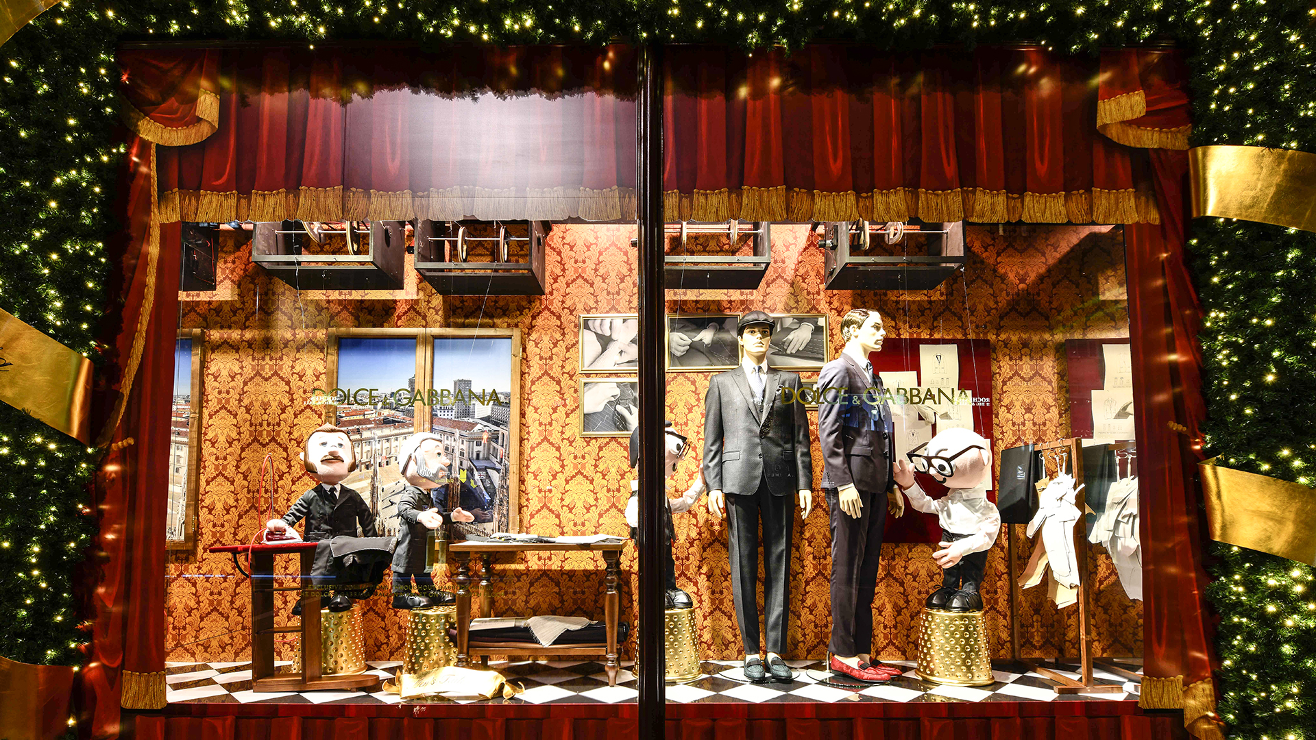 Harrods-dolce-gabbana-holiday-2017-takeover-the-impression-07