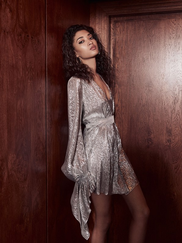 Net-A-Porter-holiday-2017-ad-campaign-the-impression-09