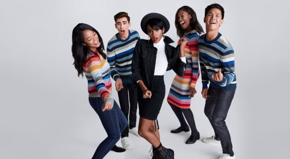 Gap-holiday-2017-ad-campaign-the-impression-02