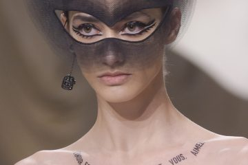 Christian Dior Spring 2018 Couture Fashion Show Details