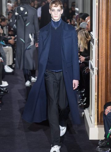 Valentino Fall 2018 Men's Fashion Show