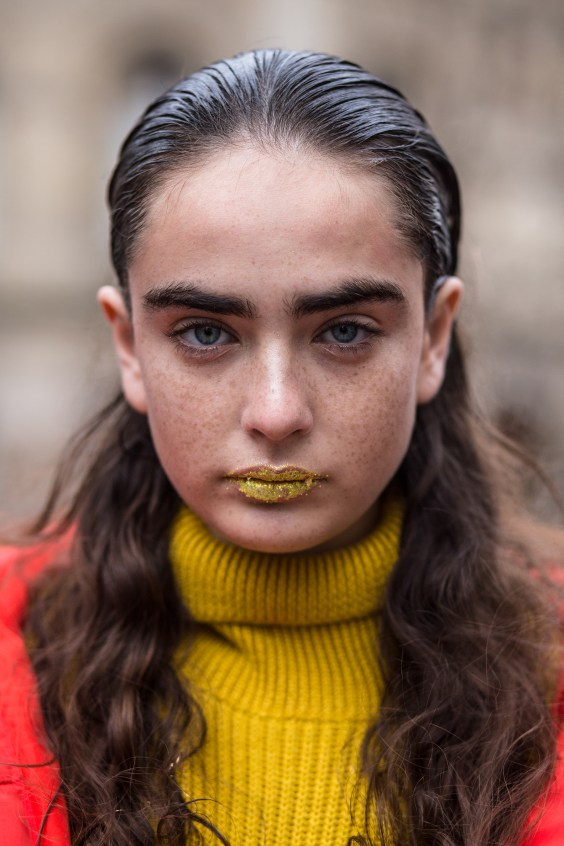 Paris-Couture-street-style-robert-purwin-the-impression-04
