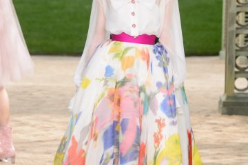 Chanel Spring 2018 Couture Fashion Show