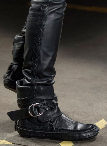 Diesel Black Gold Fall 2018 Men's Fashion Show Details