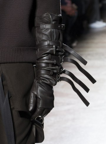 Les Hommes Fall 2018 Men's Fashion Show Details