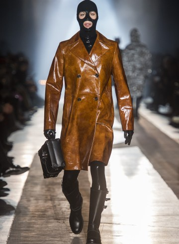 Moschino Fall 2018 Men's Fashion Show