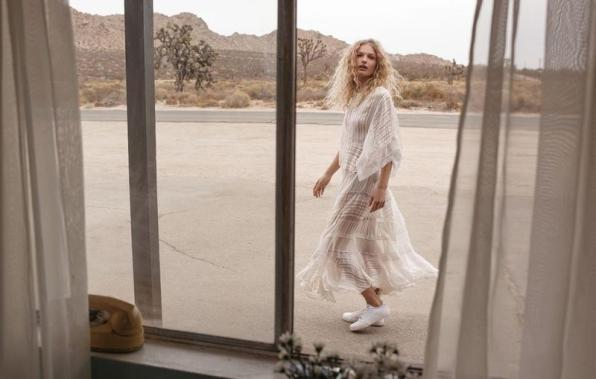 Zimmermann-spring-2018-ad-campaign-the-impression-11