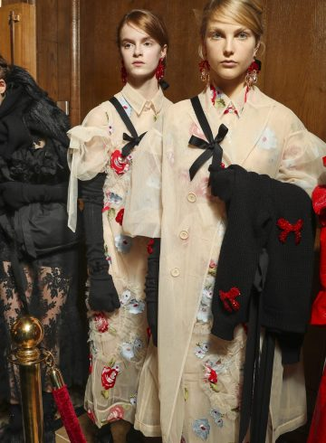 Simone Rocha Fall 2018 Fashion Show Backstage
