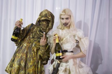 Vivienne Westwood Fall 2018 Fashion Show Backstage