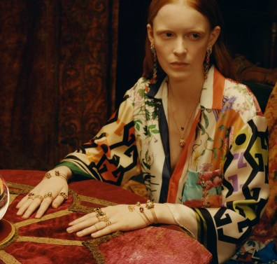 Gucci-timepieces-spring-2018-ad-campaign-the-impression-006