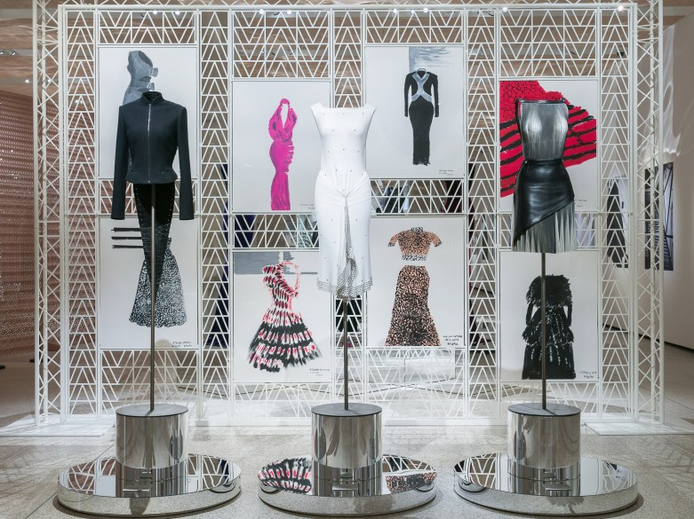 azzedine-alaia-design-museum-exhibition-the-impression-002