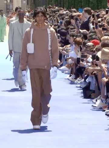 Louis Vuitton Spring 2019 Men's Fashion Show Film. All the Spring 2019 Men's fashion shows from Paris Fashion Week in one place on The Impression.