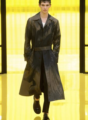 Neil Barrett Spring 2019 Men's Fashion Show