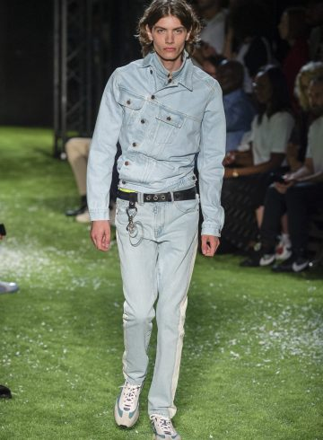 Off-White Spring 2019 Men's Fashion Show