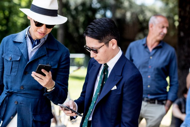 pitti-uomo-mens-street-style-sping-2019-fashion-shown-the-impression-010