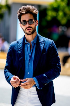 pitti-uomo-mens-street-style-sping-2019-fashion-shown-the-impression-037