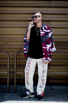 pitti-uomo-mens-street-style-sping-2019-fashion-shown-the-impression-049