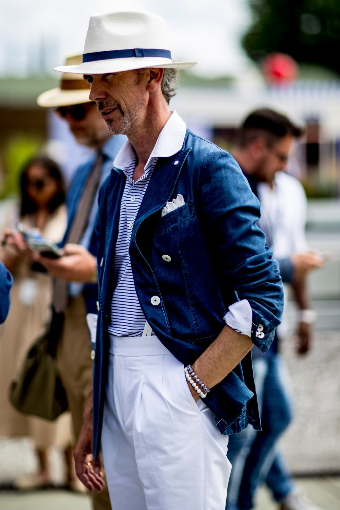 pitti-uomo-mens-street-style-sping-2019-fashion-shown-the-impression-091