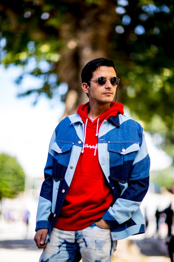 pitti-uomo-mens-street-style-sping-2019-fashion-shown-the-impression-102