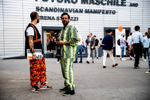 pitti-uomo-street-style-spring-2019-day-2-the-impression-080