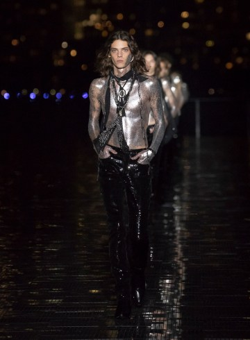 Saint Laurent Spring 2019 Men's Fashion Show