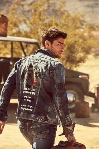Guess-fall-2018-ad-campaign-the-impression-003