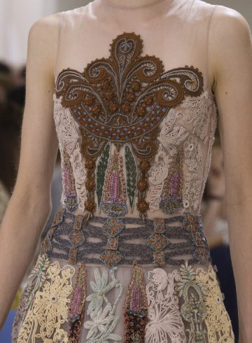 Christian Dior Fall 2018 Couture Fashion Show Details