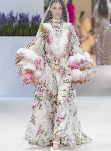 Giambattista Valli Fall 2018 Couture Fashion Show