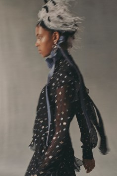 erdem-fall-2018-ad-campaign-the-impression-002