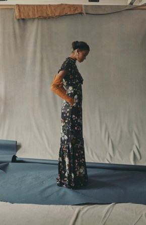 erdem-fall-2018-ad-campaign-the-impression-017
