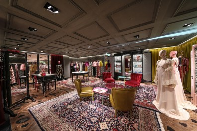 gucci-london-flagship-the-impression-007