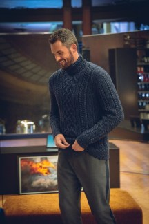 banana-republic-featuring-Kevin-Love-fall-2018-ad-campaign-the-impression-007