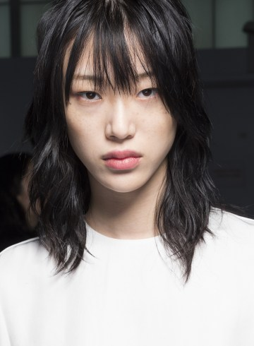 Boss Spring 2019 Fashion Show Backstage Beauty