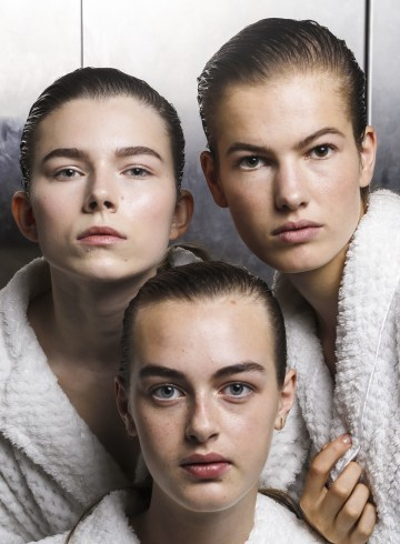 Christopher Kane Spring 2019 Fashion Show Backstage Beauty