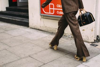London str RS19 0857