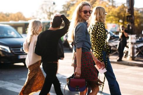 Paris Fashion Week Street Style Spring 2019 Day 3 Cont.