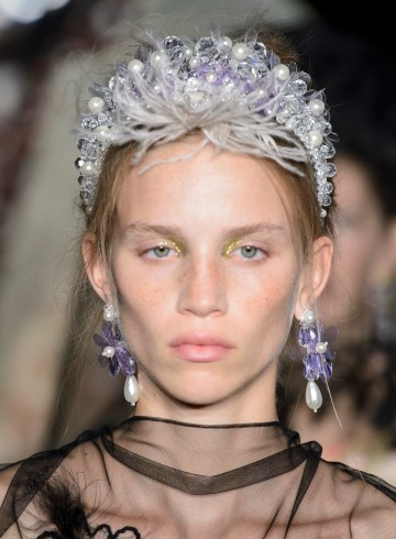 Simone Rocha Bis Spring 2019 Fashion Show Runway Beauty