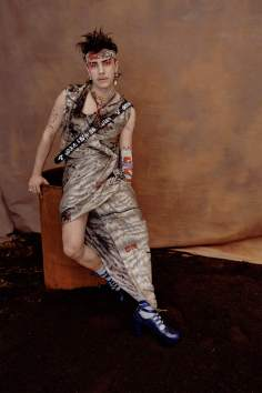 vivienne-westwood-fall-2018-ad-campaign-the-impression-033