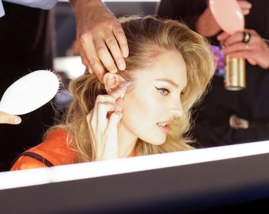 MOSCHINO [tv] H&M Holiday 2018 Fashion Show-backstage-the-impression-004