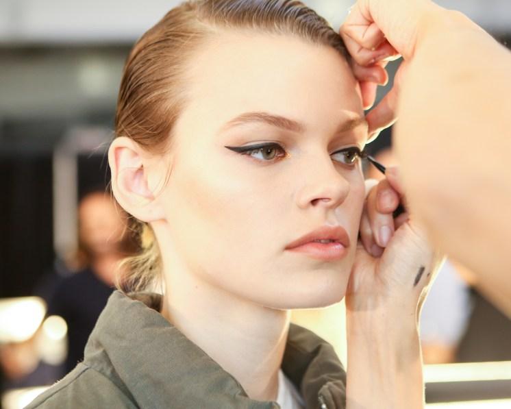 MOSCHINO [tv] H&M Holiday 2018 Fashion Show-backstage-the-impression-017
