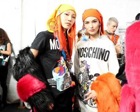 MOSCHINO [tv] H&M Holiday 2018 Fashion Show-backstage-the-impression-044