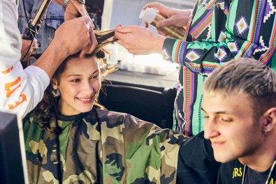 MOSCHINO [tv] H&M Holiday 2018 Fashion Show-backstage-the-impression-063