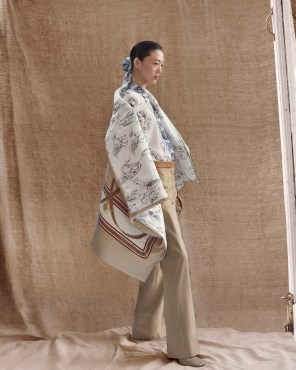 Burberry-pre-fall-2019-the-impression-27
