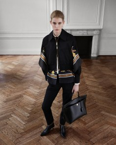 Burberry-pre-fall-2019-the-impression-45