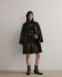 Burberry-pre-fall-2019-the-impression-51